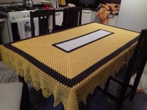 Toalha de mesa em barbante..